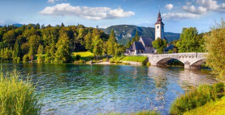 Услуги юриста в Словении